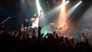 Thousand Foot Krutch - Bounce (Live HD 1080p)