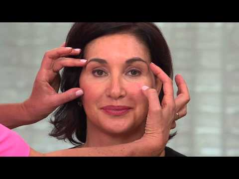 nuface-mini-at-home-microcurrent-facial-toning-device-with-jane-treacy