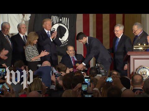 Bob Dole awarded Congressional Gold Medal