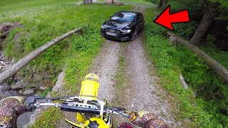 Dirtbike UNDERCOVER Police Getaway - Cops Chase Motorcycle 2019