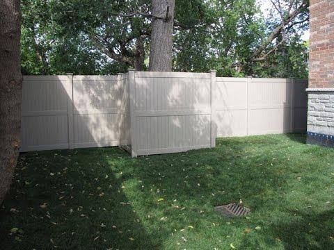 cost of vinyl fence per linear foot