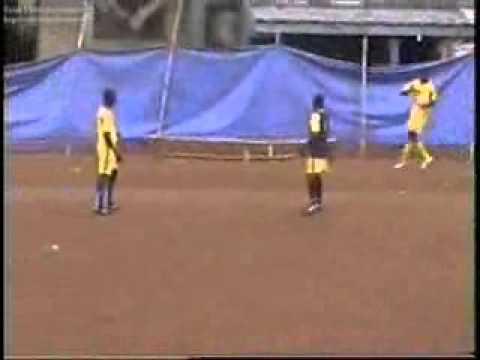 Akinrogun Football Academy.wmv