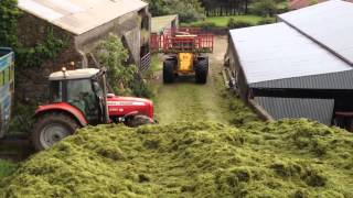 Repeat youtube video Killen bros buckraking silage 2012