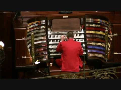 "Wanamaker Organ Day 2009 - Walt Strony  ""Victory At Sea"""