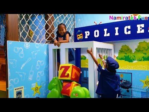 anak lucu naik odong odong mobil mini & Mandi Bola banyak sekali & main polisi maling