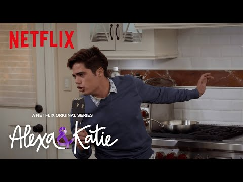 The Breakfast Song | Alexa & Katie | Netflix
