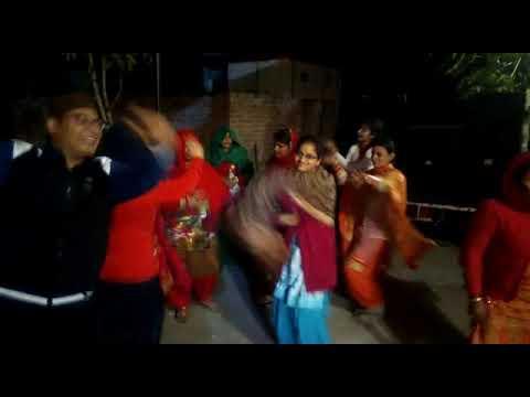 Khinnua ..hai hai mere khinnua himachali dance