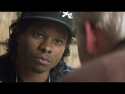 Straight Outta Compton 2015 RedBand