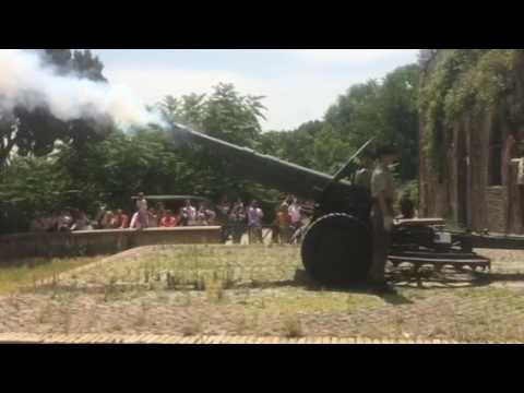 Sparo Cannone Gianicolo Roma Ore 12 00 Youtube