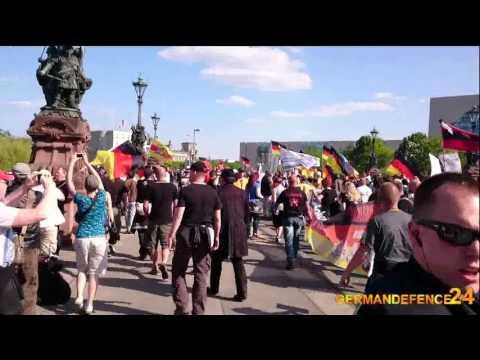 Demo in Berlin am 07.05.2016 - Merkel muss weg - Der Spaziergang