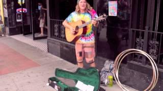 Hot Girl in a Volkswagon - Happy Fuzzy - Busking in Nashville