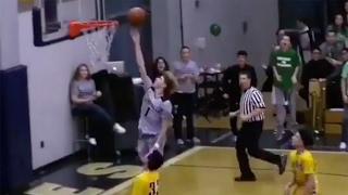 High School Basketball Star LaMelo Ball Score...
