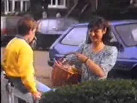 A FINGER OF FUDGE IS JUST ENOUGH, CLASSIC TV AD 1980