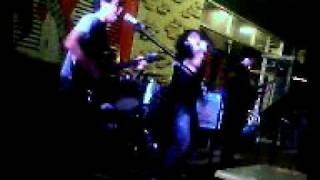 alamat band on their 2ndset