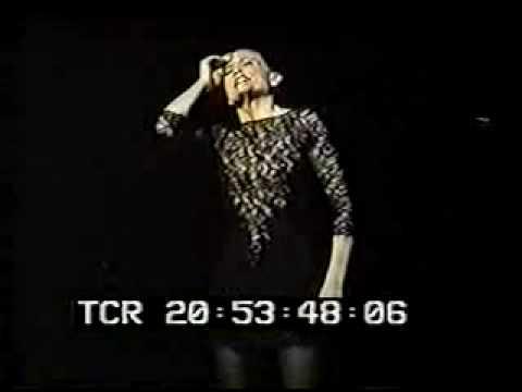 Ann Reinking Roxie Live