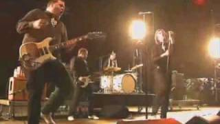 The Hives - Declare Guerre Nucleaire Live