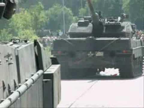 VW Tiguan Vs Leopard 2 A6, Leopard 2 Destroyed  VW Tiguan