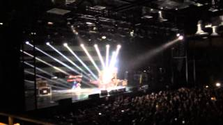 Александр Васильев - Скоро будет солнечно (СПб, А2 Green Concert, 20.11.2015)