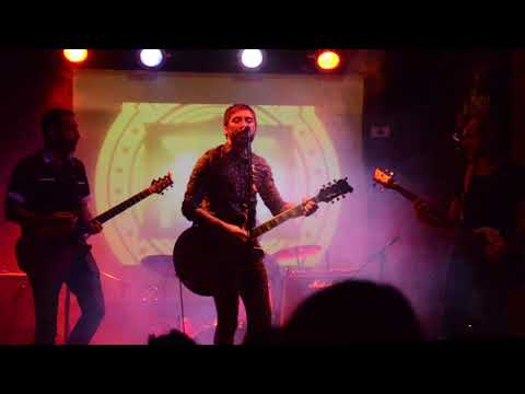 MADRE (en vivo) EzePot & The Universal Artists Club