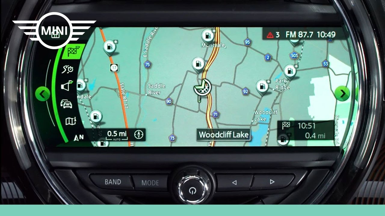 Mini Usa Mini Connected With Touchscreen Navigation Youtube