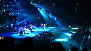 Kenny Chesney - Anything But Mine (Live) Goin