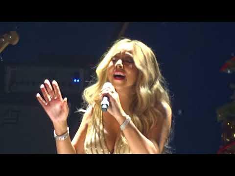 Arrivée sur scène/ Mariah Carey/ All i...
