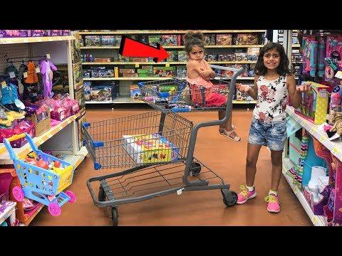 Kids Pretend Play Shopping at Toys store!! fun children video
