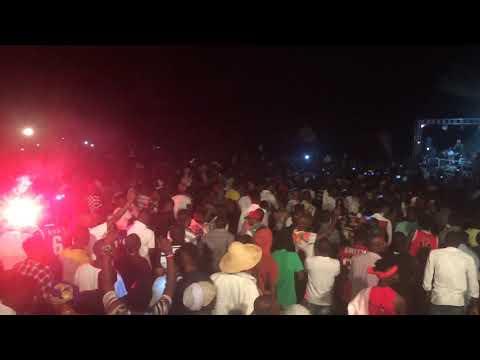 Big Fizzo Arasarishije Abaswahiri Muri Wanajeshi Concert