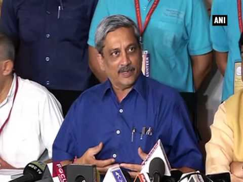 Defence Minister Parrikar says Somali pirates shifting location towards India