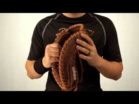 Nokona Classic Walnut Softball Series: WS3250C Fastpitch Catcher's Mitt - JustBallGloves.com