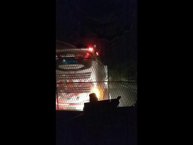 Ketika duo Bus Rct jumpa di lintasan.