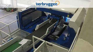 Palletizing | Automatic Bag Palletizer VPM-14 by Verbruggen | close eye on Composite manipulator