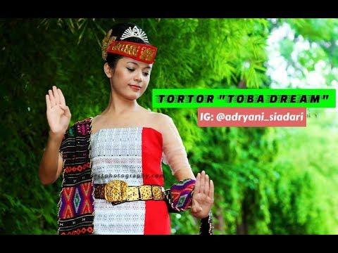 TARI TORTOR BATAK