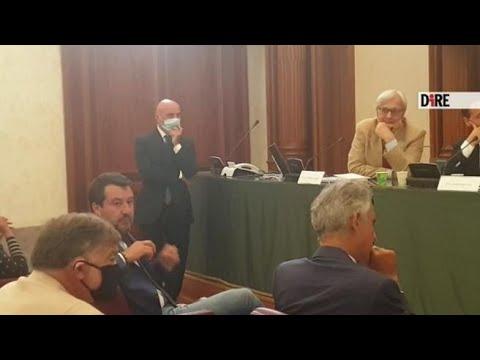 Salvini al Senato: «La mascherina non me la metto»
