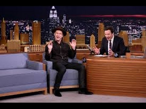 """COMPLETE INTERVIEW: Jimmy Fallon Interviewes Jude Law On """"The Tonight Show"""" (11/16/2016)"""