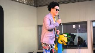 住之江ボートレース場での行われた神無月さんのものまねステージ第一部...