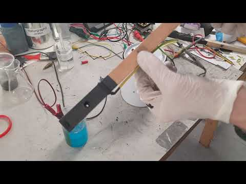 Electroplating with conductive ink