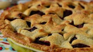 Blackberry Pie Recipe Demonstration - Joyofbaking.com