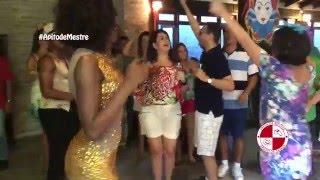 Aniversário com Show de samba e dançarinos - Grupo Apito de Mestre