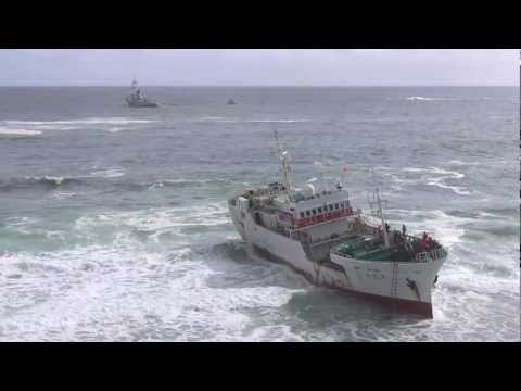 Trawler tugged off Clifton beach