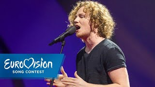 "Michael Schulte - ""You Let Me Walk Alone"" 