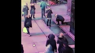CCTV shows couple who lost engagement ring in Times Square