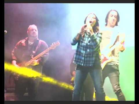 ALINE BARROS em DRACENA - SP 24/06/2016