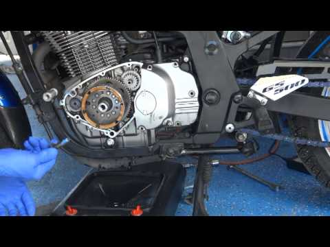 hqdefault gs500 starting problem and generator rotor repair youtube Suzuki GS500 Cafe Racer at readyjetset.co