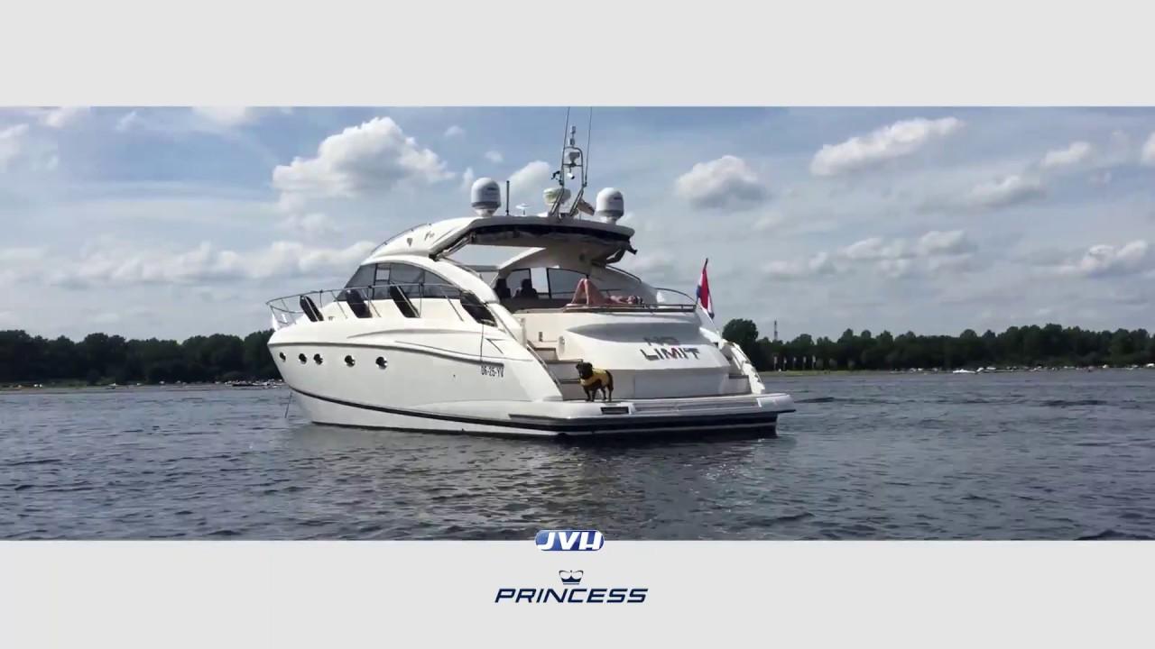 Download Princess V53