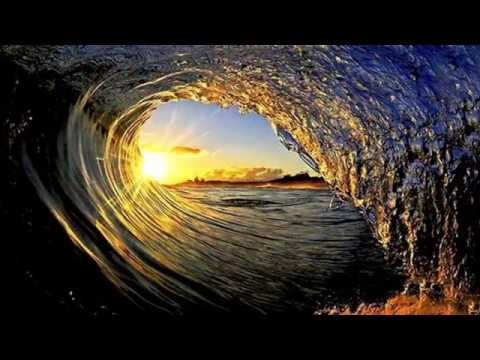 Beautiful waves in the Sea & Ocean (HD1080p)