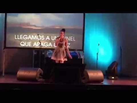 Brenda- karaoke Burela 2015 (jueves)