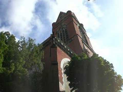 Berlin-Schöneberg: Läuten Röm.-kath. Kirche St. Matthias An Trinitatis