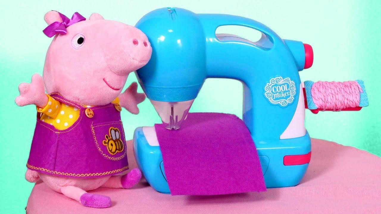 La nouvelle robe pour Peppa pig. Vidéos pour enfants avec les jouets en peluche.