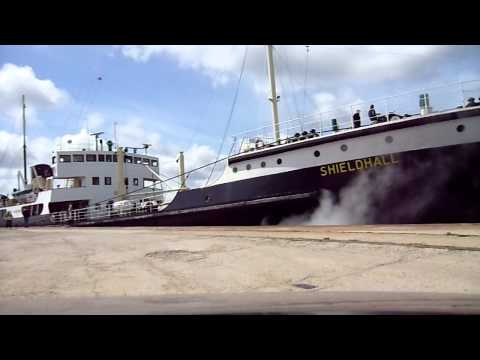 Steam Ship Shieldhall leaving her berth at Southampton full video